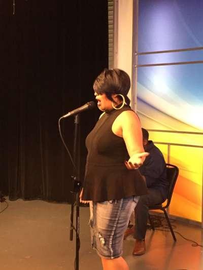 Keeshea Pratt performs at the MS Autism Gala